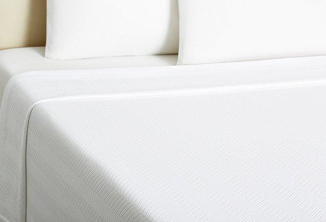 King Dart Blanket, White