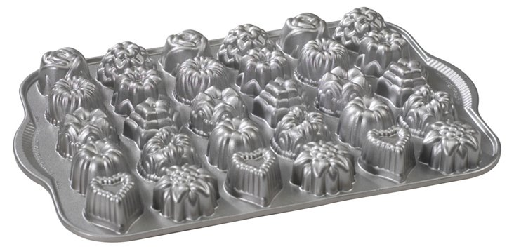 Bundt Tea Cakes & Candies Pan