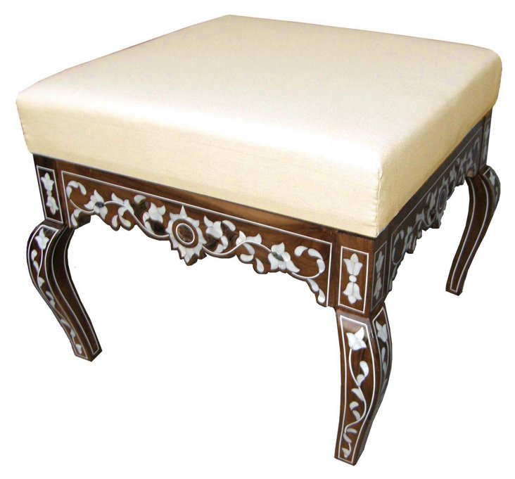 Olivia Ottoman, Cream/Walnut