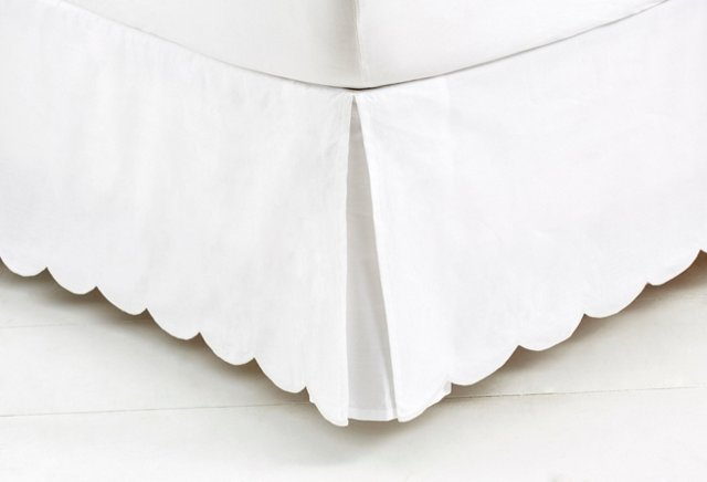 Scallop Bed Skirt, White