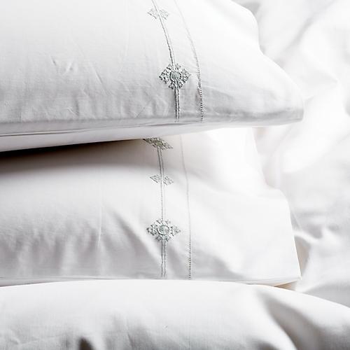S/2 Vinea Pillowcases, Dove/White