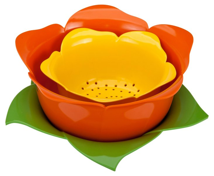 S/3 Flower Colanders with One Drip Bowl