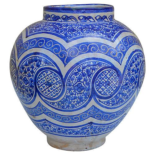 Fine Blue Arabesque-Patterned Vase