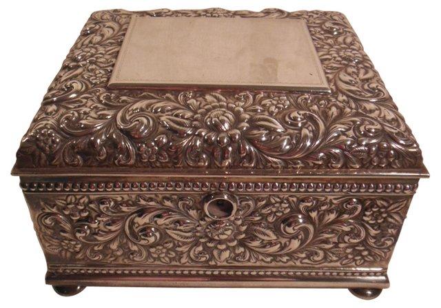 Table Repoussé Box