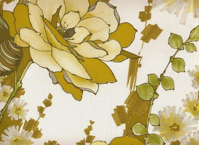 Wallpaper w/ Green Flowers, 56 Sq. Ft