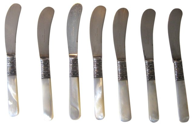Mother-of-Pearl Spreading Knives, S/7