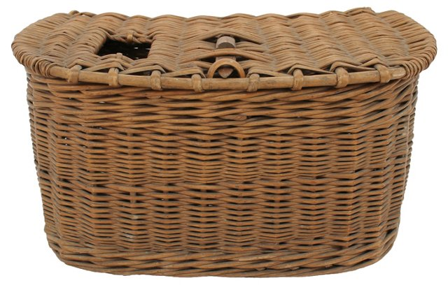 Curved-Back Wicker Fishing Creel