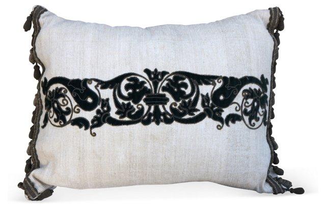 Linen Pillow w/ Italian Appliqué