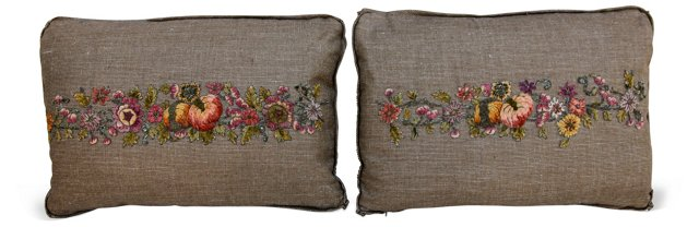 Metallic & Chenille    Appliquéd Pillows