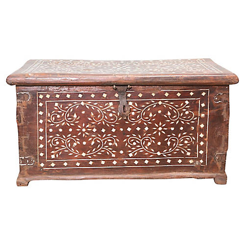 Anglo-Indian Bone-Inlay Trunk