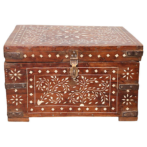 Bone-Inlay Trunk