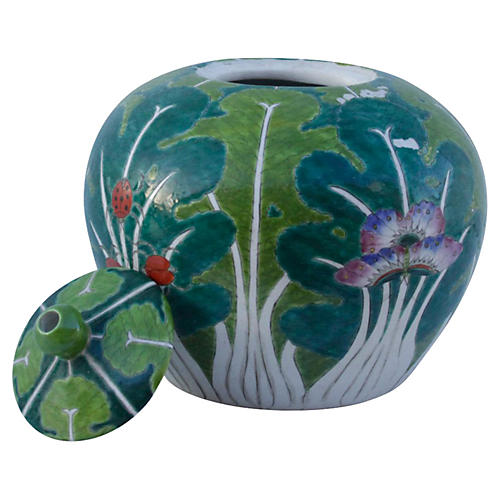 Chinese Colorful Porcelain Jar