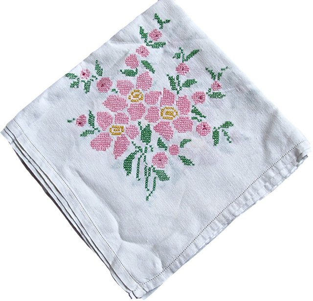 1940s Hand-Embroidered Tablecloth