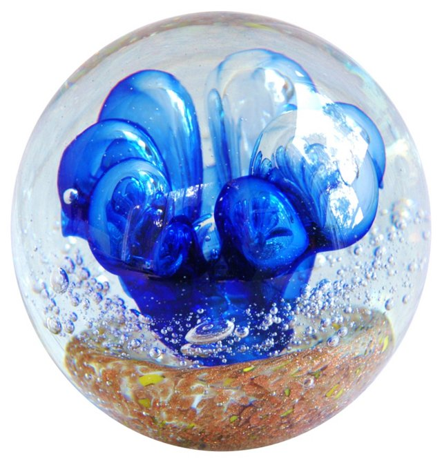 1960s Glass      Paperweight