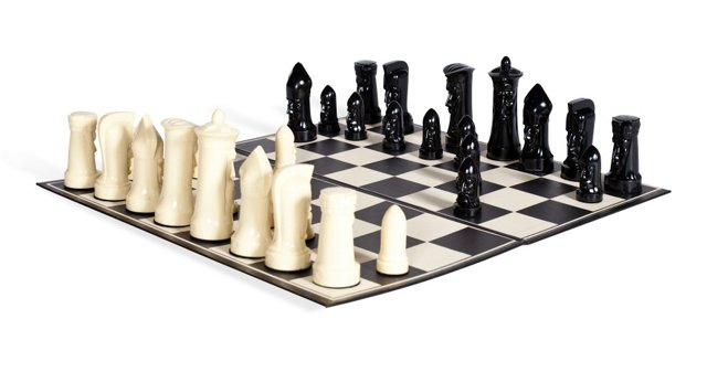 Midcentury Sculpted Chess Set