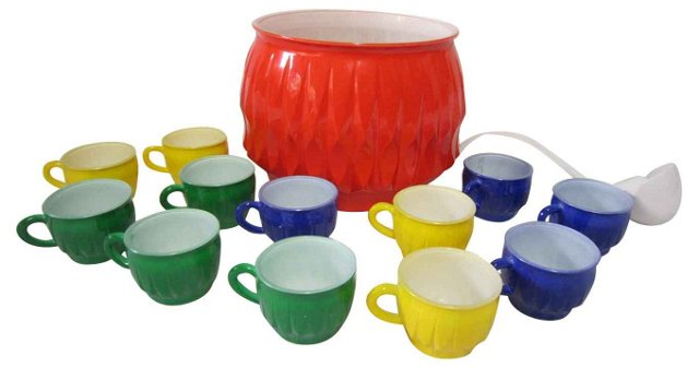 1970s Punch Set, 14 Pcs