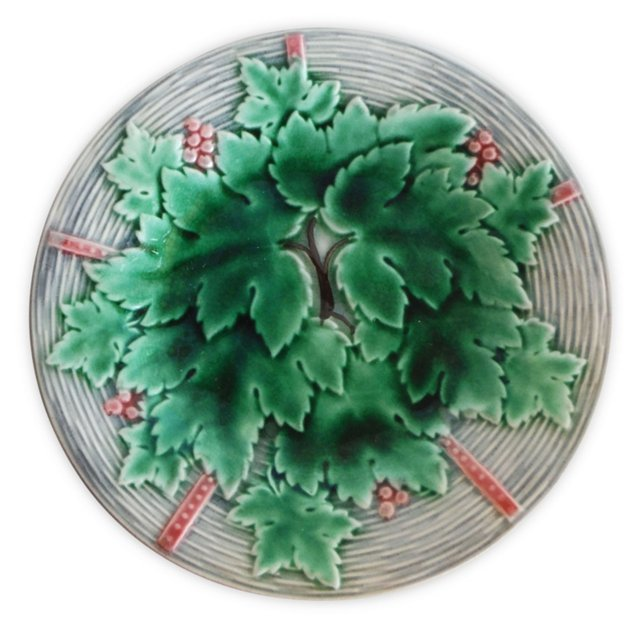Majolica Grape Leaves Wall   Plate