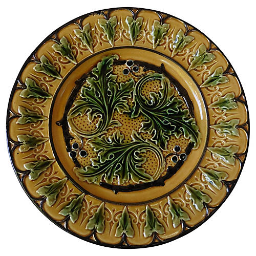 Majolica Acanthus plate