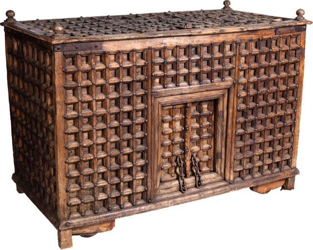 Lattice Chest w/ Lock Boxes