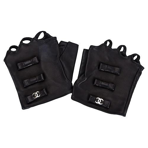 Chanel Black Fingerless Gloves