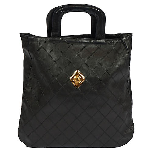 Chanel Black Flat Quilted Coin Handbag