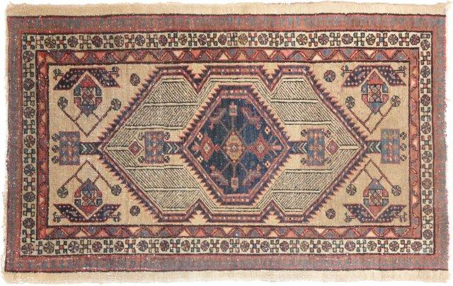 """Antique Persian Serapi, 5' x 2'10"""""""