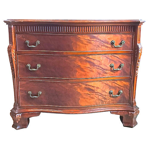 Georgian-Style Chest of Drawers