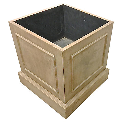 Traditional Wood Planter Box