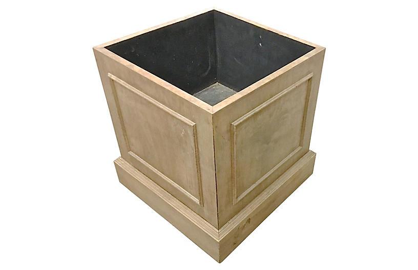 Traditional Wood Planter Box
