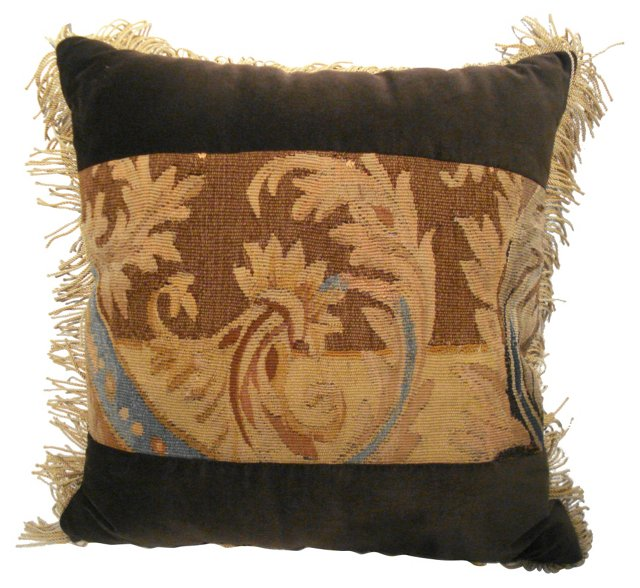 Pillow w/ French    Aubusson