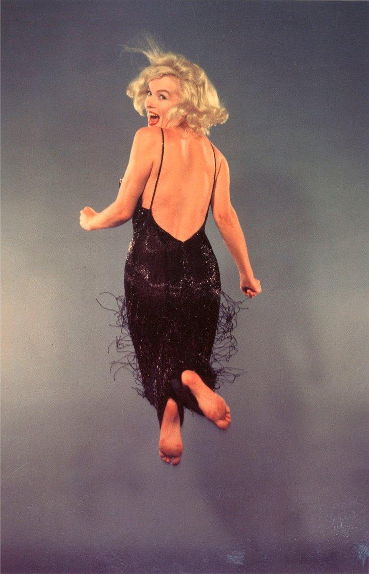 Marilyn Monroe Jumping