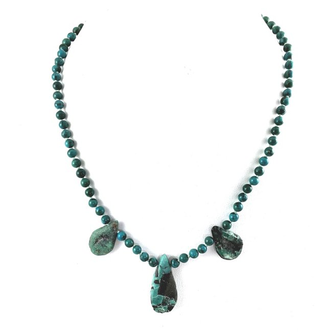 Turquoise Tab Bead Necklace